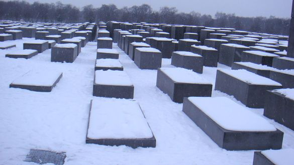 Holocaust Memorial-02